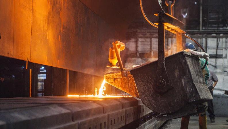 Pouring Iron